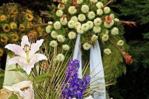Lembrança jóias feitas com flores funeral