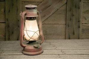 lâmpadas de querosene modernos queima de forma limpa.