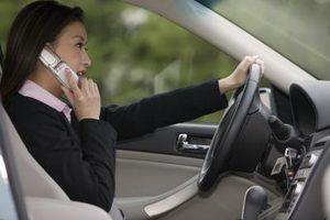 Leis contra falar ao telefone durante a condução