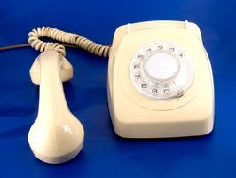 Lista de fornecedores de telefones fixos