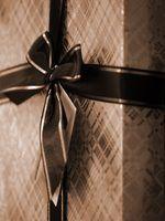 Escolha um presente memorial bom gosto para alguém de luto uma perda.