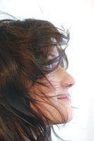 De comprimento médio penteados agitadas