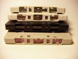 Fitas cassetes antigas que retroceder e avançar rapidamente, mas não vai jogar