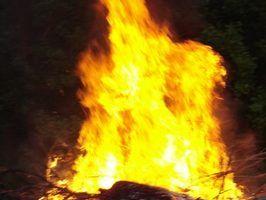 Pennsylvania requer extintores de incêndio em certas strucures para garantir a protecção de potenciais chamas.