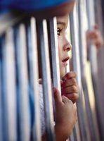 Razões pelas quais as crianças estão na prisão
