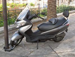 Scooters que se parecem com motos