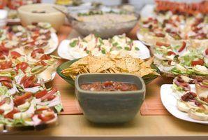 Alimentos de dedo simples para uma festa