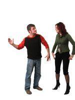 Estatuto de limitações de cobrar um caso de violência doméstica