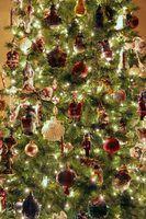 Passos para decorar uma árvore de natal