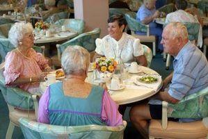 As vantagens de idosos que vivem em casas antigas folks