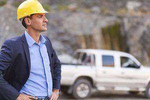 O salário médio de um gerente de recursos naturais