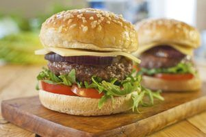 Os melhores carnes para usar para hamburgers