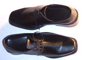 Marcas de sapatos que são executados ampla