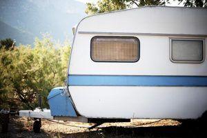 Os desafios de acampar em um trailer lágrima