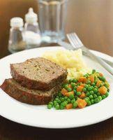 As diferenças entre bolo e bife salisbury
