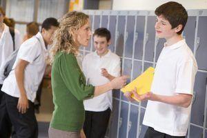 A influência do estilo de liderança de um diretor sobre o clima de uma escola