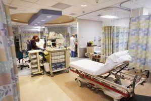 Os deveres do assistente médico em atendimento de emergência