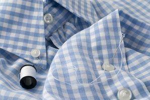 Salvar uma camisa indesejado velho da pilha de lixo, reinventando-lo.