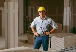 Dicas sobre como substituir um teto de casa móvel danificado com drywall