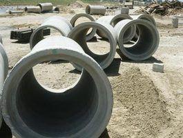 Cada tipo de esgoto e tubulação de dreno oferece suas próprias vantagens e desvantagens.