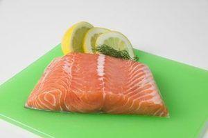 Maneiras de cozinhar filetes de salmão