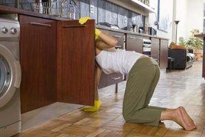 Maneiras de solucionar os armários de cozinha de apartamento