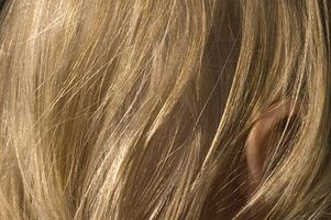 Quais são os perigos de cabelo loiro tingir para os adolescentes?