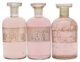 Quais são os perigos de ácido clorídrico para os seres humanos?