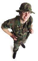 Sargentos de treinamento ajudar a preparar as suas unidades para missões e situações de combate.