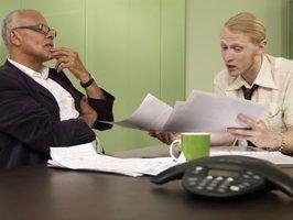 Quais são os elementos-chave do feedback eficaz empregado?