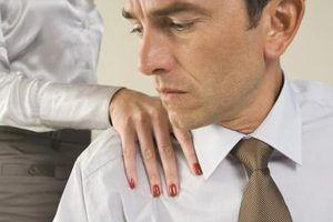 Quais são os tipos de sofrimento emocional pode-se processar por em uma ação judicial?
