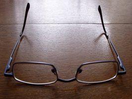 visão turva é sinal de que você pode precisar de óculos.