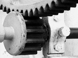 Quais são as especificações de torque para um pinhão?