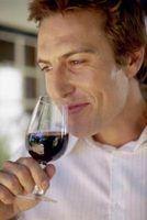 O dedo alimentos para uma degustação de vinhos de noite vermelho?
