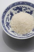 Qual é a diferença entre o vinho de arroz e vinagre de arroz na culinária chinesa?