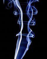 O que desencadeia um detector de fumaça?