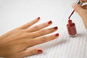 Por que pregar de crack polonês depois de aplicada a unhas?