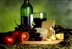 Vinho e queijo ideias do chá de panela